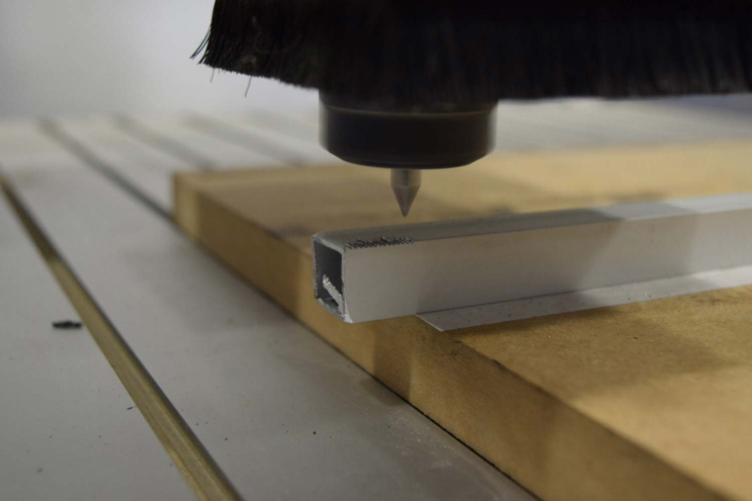 CNC Router 01 - Creative Lab